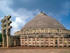 Stupa de Sanchi. India. Siglo I d.C.