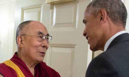 Barack Obama se encuentra con el Dalai Lama en Nueva Delhi